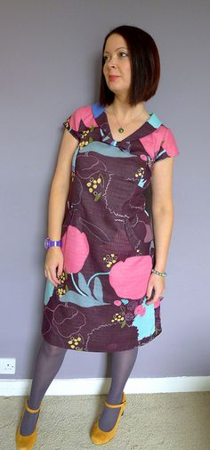 Simplicity 1882 by karenball, via Flickr. Love it. Pattern here:    http://www.simplicity.com/p-7455-misses-amazing-fit-dresses.aspx