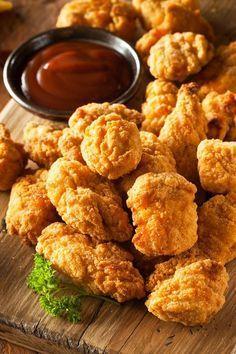 Weight Watchers Baked Crispy Chicken Bites Recipe with Cornmeal, Garlic, Paprika, Fat Free Salsa, Boneless Skinless Chicken Breast, and Cilantro - 6 WW Points