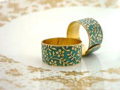 ᵀᴴᴱoriginal mattgold floral Patina Messing Ring von MiMaMeise ♥  auf DaWanda.com