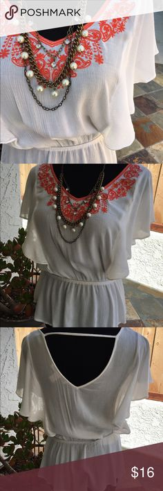 """Orange and White F21 Peasant Top. I love this top! It is so cute and perfect for summer. Excellent condition. 100% rayon. Measurement across elastic waist is 12.5"""" when not stretched and it has a lot more stretch to it. ⚡️FREE saleitem with the purchase of a regular priced item of equal or greater value! Or 25% off of bundles!!!! So many deals  offers also welcome! Forever 21 Tops"""