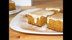 Soft, moist, packed with flavor, topped with sticky cream cheese frosting, this pumpkin cake is a burst of fall flavors in each bite. Cake Videos, Food Videos, Pumpkin Dessert, Pastry Cake, Dessert Recipes, Desserts, Pumpkin Recipes, Sweet Tooth, Sweet Treats