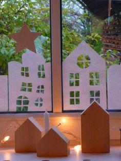 Sicher habt Ihr diese   kleinen Holzhäuser  (klick drauf)   bei Birte von miniKunst  (klick drauf)   auch schon so bewundert wie ich :...