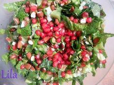 Τα λιλά της Λίλας: Πράσινη σαλάτα με ρόδι, αμύγδαλα και βινεγκρέτ μουστάρδας