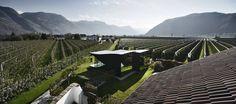 Ihr habt noch keine Ahnung, wo der nächste Urlaub stattfinden soll? Wir hätten da eine Idee: in einem Spiegelhaus in Bozen, Südtirol.