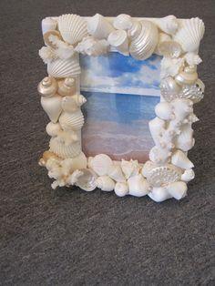 Beach Dekor Seashell Picture Frame Shell Frame von LiveCoastal