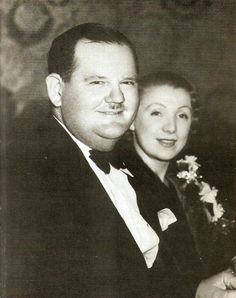 Mr & Mrs Oliver Hardy (1933) Hollywood Couples, Old Hollywood Stars, Vintage Hollywood, Celebrity Couples, Classic Hollywood, Old Movie Stars, Classic Movie Stars, Classic Movies, Laurel Et Hardy