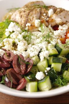Get us to the Greek [bowl]! Healthy Salmon Recipes, Healthy Dinner Recipes, Avocado Recipes, Healthy Food, Healthy Appetizers, Raw Food, Eating Healthy, Lunch Recipes, Easy Mediterranean Diet Recipes