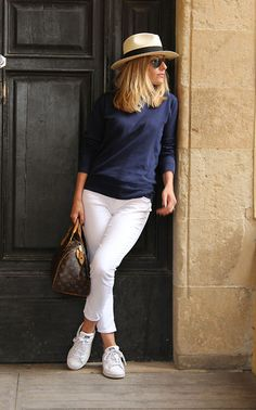 Coin Sweater, Zara Pants, Adidas Stan Smith, Louis Vuitton Speedy Bag, Caroll Panama Hat, Ray Ban Aviator