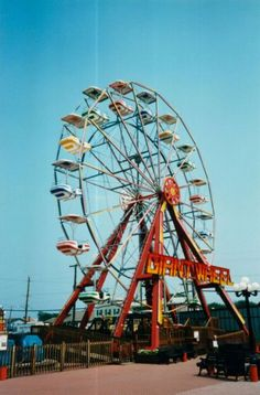 Grab a funnel cake, head for the Ferris wheel and spend the day at the Payne County Free #Fair in #Stillwater, #Oklahoma. There's something for everyone in the #family!