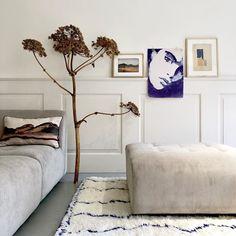 "HKliving Brandstore on Instagram: ""True Blue, i still love u... #trueblue #truebluehome #artprint #sophie #drawing #draw #tinystories #tinyworld #art #artwork @tinystories.nl…"" Tiny Stories, Tiny World, Loving U, Art Prints, Drawing, School, Bed, Artwork, Furniture"