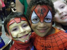 Ironman and Spiderman facepaint Cool Face Paint, Birthday Clown, Pregnant Belly Painting, Iron Man Spiderman, Halloween Looks, Halloween Costumes, Avengers Birthday, Kids Makeup, Boy Face