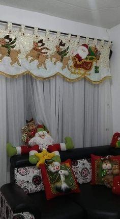 icu ~ Pin by Evelyn Rabsatt on Cojines navideños Christmas Angel Decorations, Christmas Wall Hangings, Felt Christmas Ornaments, Christmas Angels, Christmas Home, Christmas Wreaths, Christmas Quilt Patterns, Christmas Applique, Christmas Projects