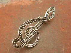 Vintage Marcasite Beaded Music Treble Clef Sterling Silver 925 Pin Brooch (2.9g)