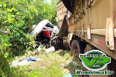 Acidente,Choque frontal entre carretas na BR-364 deixa dois mortos imagens fortes.