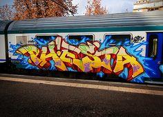 Graph on train Graffiti Art, Graffiti Piece, Best Graffiti, Graffiti Drawing, Graffiti Styles, Graffiti Lettering, Graffiti Images, Skull Drawings, Graffiti Wildstyle