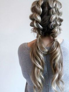 Watch how to do your own jumbo pull through braid pigtails perfect for day to day the gym or date night Check out this beautiful tutorial ponytails braids hairstyles cute. Big Braids, Braids For Short Hair, Dutch Braids, Pony Tail Braids, Braiding Your Own Hair, Pony Tails, How To Braid Hair, Casual Updos For Long Hair, Crown Braids