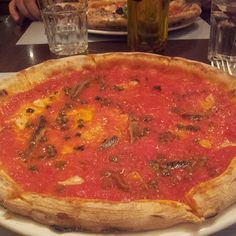 Amo la cucina libanese ma .... Quanno ce vo' ce vo'. #Pizza     #Margherita #Beirut, Gemmayzeh  Gouraud street, Beirut, #Lebanon