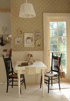 dollhouse kitchen. looks so real I can practically smell chocolate chip cookies baking in the oven!