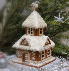 *We are getting ready for Christmas, so here´s one gingerbread house covered in snow :) Gingerbread House Designs, Gingerbread House Parties, Gingerbread Village, Gingerbread Decorations, Christmas Gingerbread House, Gingerbread Man, Christmas Treats, Christmas Baking, Gingerbread Cookies