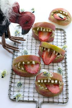 Creepy yet delightful, these HEALTHY teeth snacks for perfect for the kids this Halloween.