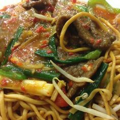 Chinese noodle with beef