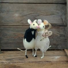 Felt Wedding cake topper Mice Mouse Bride and groom by CozyMilArt, $78.87
