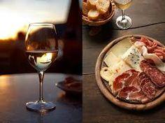 """Résultat de recherche d'images pour """"photo fromage charcuterie et vins"""""""
