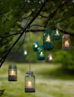 Very cute idea for a dusk outdoor wedding