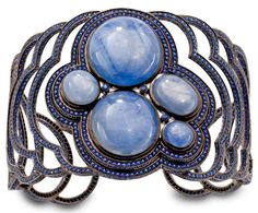 Gold Blue Vibration cuff, set with sapphires and star sapphires - Solange Azagury-Partridge
