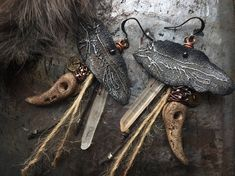 The Wolf Primitive and Witchy Metal Wolf Charms Porcelain Jewelry Ideas, Jewelry Design, Earwigs, Crow Skull, Rustic Jewelry, Cotton Rope, Petra, Primitive, Wolf