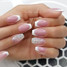 Are you looking for a gel nail art design and ideas? See our interesting collection of gel nail designs. I hope you can find the one you like best. Glamour Nails, Classy Nails, Stylish Nails, Cute Nails, Acrylic Nails Coffin Short, Best Acrylic Nails, Coffin Nails, Gel Nagel Design, Nagel Hacks