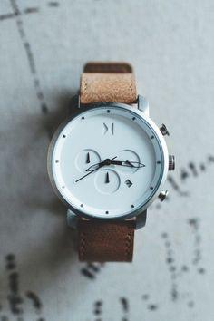 Lleva el tiempo con estilo www.sgformen.com