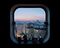 iGNANT-Photography-Laurent-Kronental-Les-Yeux-Des-Tours-14