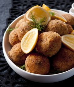 Smoked salmon and dill croquettes
