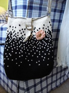 crochet bag ♪ ♪ ... #inspiration #crochet #knit #diy GB
