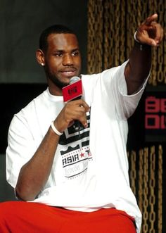 Here's What Life Was Like In 2005 — The Last Time LeBron James Didn't Make The Playoffs Life Is Like, What Is Life About, The Office Seasons, Youtube Website, The Time Machine, Billboard Hot 100, Hottest 100, Sin City, Half Blood