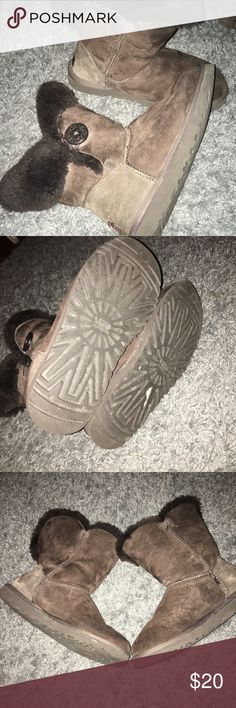 UGG Boots Dark brown UGG boots have been loved but don't use them anymore selling as is, still lots of life left in them their a size 6 but fit like a 6.5 or 7 UGG Shoes Winter & Rain Boots