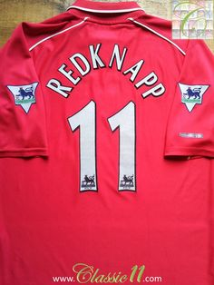 Relive Jamie Redknapp's 2000/2001 Premier League season with this vintage Reebok Liverpool home football shirt.