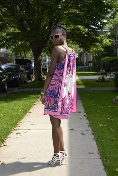 SCARF DRESS IDEAS | Clothing Craft ideas / DIY scarf dress http://eyesofacouturier ...