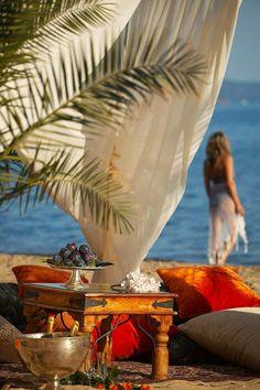 Summer in Halkidiki, Hellas Santorini, Beautiful Islands, Beautiful Places, Romantic Places, Places To Travel, Places To Go, Halkidiki Greece, Ocean Sounds, Tropical Paradise