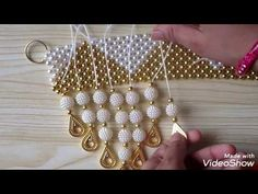 Simple and attractive pearl toran design for festival and wedding season Door Hanging Decorations, Wall Hanging Crafts, Diwali Diy, Diwali Craft, Pearl Crafts, Beaded Crafts, Bead Embroidery Patterns, Embroidery Stitches, Hand Embroidery