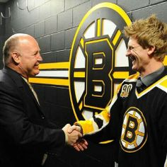 PJ Axelsson and Julien Dont Poke The Bear, Patrice Bergeron, Tyler Seguin, Hockey Teams, Boston Bruins, Pj, First Love, Baby, First Crush