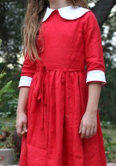 Classic Peter Pan linen dress