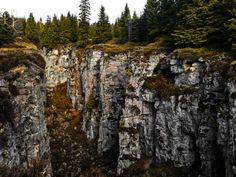 Vlčí jámy a rozhledna Blatenský vrch: Krušné hory jako na dlani Landscape, Country, Plants, Beautiful, Google, Scenery, Rural Area, Landscape Paintings, Flora