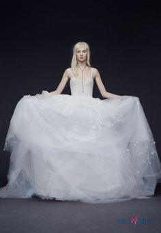 suknia ślubna Vera Wang na ramiączkach #polkipl