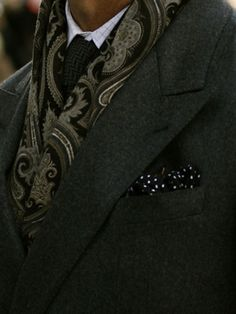 Scarf & pocket square