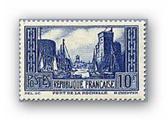 YT 261C, 10 f., outremer vif, 1929, Port de La Rochelle, cote neuf 21 000 euros.