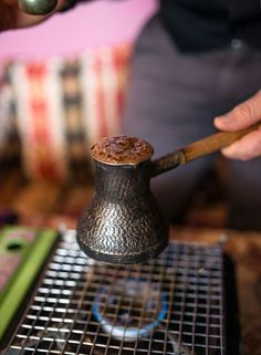 How to Make the Perfect Cup of Turkish Coffee - http://www.perfectdailygrind.com/2015/09/how-to-make-the-perfect-cup-of-turkish-coffee/---------- / TechNews24h.com