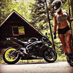 """2,021 Likes, 38 Comments - Katha Lunia (@kathalunia) on Instagram: """" @_e_v_i_l___s_i_x_x_x_ #newcolour #neon #yellow #suzuki #suzukigsxr #gsxr #gsxr750 #gsxrlove…"""""""