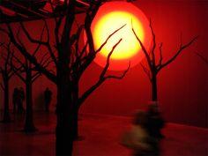 Bulle gonflable lumineuse pour l'artiste Loris Gréaud et son exposition Cellar…